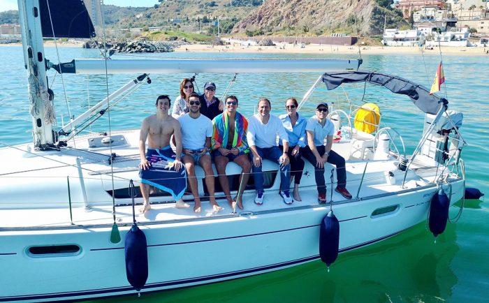 tour privado en barco en barcelona