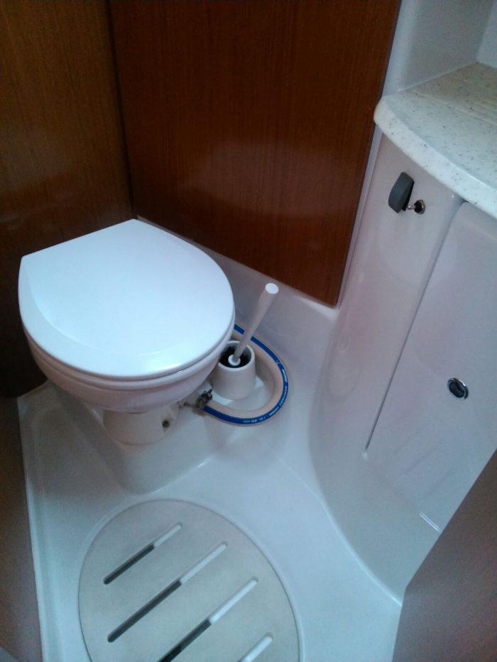 toilet barcelona boat