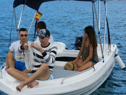 bateau sans permis barcelona