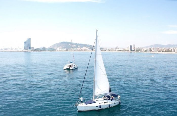 sailing in barcelona lessons